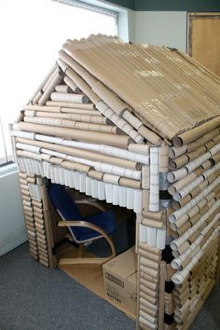 Classroom Mobiles Ideas ~ Idées pour recycler les rouleaux de papier toilettes