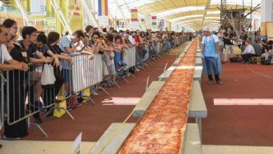 Pizza Insolite plus grande au monde