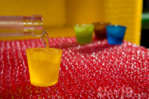 gummy-shots-pour
