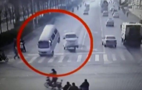 Accident De Car A Le