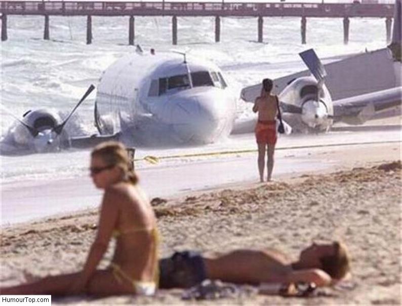 Crash d'avion sur la plage