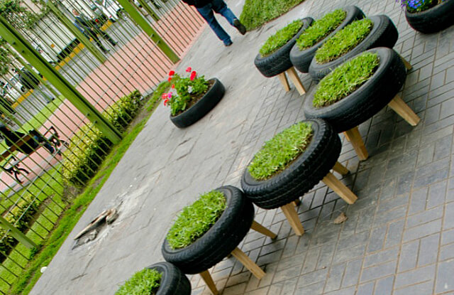10 id es g niales et insolite pour recycler ses vieux pneus. Black Bedroom Furniture Sets. Home Design Ideas