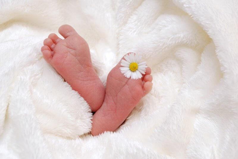 top 10 naissance accouchement insolites