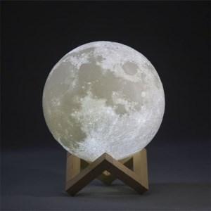 Lampe Lune en 3D de chez Espace-Stellaire.com